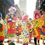 clown-musicians